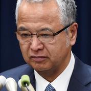 Au Japon, Shinzo Abe perd un ministre clé