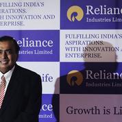Qui est ce milliardaire indien qui s'enrichit avec la chute des prix du pétrole ?