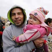 Migrants: l'UE met la pression sur la Grèce