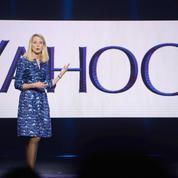 Yahoo! tire un trait sur ses ambitions et se résigne à se vendre
