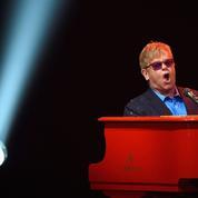Elton John remonte le son