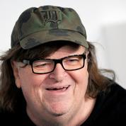 Michael Moore hospitalisé pour pneumonie mais toujours très actif