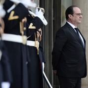 Le remaniement en trompe-l'œil de François Hollande