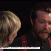 Le leader des Eagles of Death Metal pleure au Grand Journal