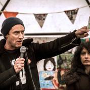 Jude Law fait une apparition dans la «jungle» de Calais