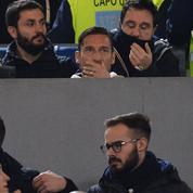Francesco Totti en larmes après un hommage des supporters de l'AS Roma
