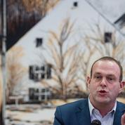Steeve Briois (FN) accusé d'espionner les employés de sa mairie