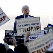 Donald Trump s'offre de nouvelles polémiques avant le Super Tuesday