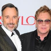 Elton John prive ses enfants de son héritage