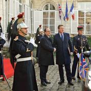 Migrants, Brexit : l'avertissement de Hollande à la Grande-Bretagne