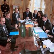 Loi El Khomri: la concertation démarre sur un bras de fer