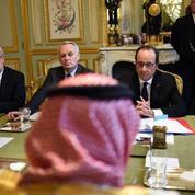 Légion d'honneur au prince héritier saoudien : face au tollé, Ayrault se justifie