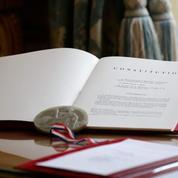 Hollande, Sarkozy, Fillon : la frénésie constitutionnelle