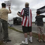 Le milliardaire Trump intrigue les retraités de Palm Beach