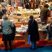 Romans et BD portent le marché du livre