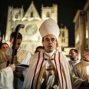 Pédophilie : Manuel Valls demande au cardinal Barbarin de «prendre ses responsabilités»