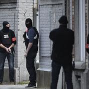 Attentats du 13novembre: fusillade à Bruxelles