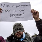 À Calais, les «bouches cousues» poursuivent leur grève de la faim