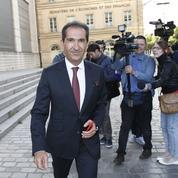 Drahi prêt à mettre 4 milliards d'euros pour racheter des clients de Bouygues Telecom