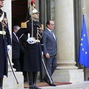 Hollande reçoit ce lundi les associations représentant les familles des victimes à l'Élysée