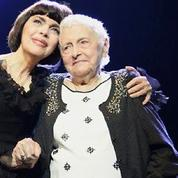 Mireille Mathieu pleure sa mère