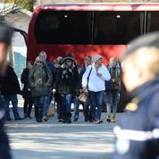 Dans les Alpes, une minute de silence en hommage aux 149 victimes du crash de la Germanwings