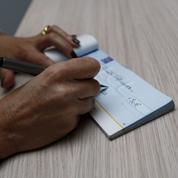 Pourquoi Sapin veut ramener à 6 mois la durée de validité d'un chèque