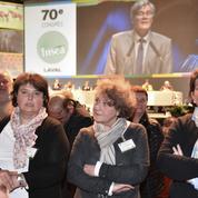 Stéphane Le Foll chahuté par les agriculteurs de la FNSEA