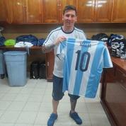 Messi a offert des maillots aux filles d'Obama