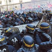 Loi travail: mobilisation en baisse, violences en hausse