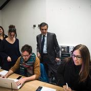 François Fillon promet un retour au plein-emploi pour 2022