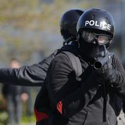 Loi travail: un policier violemment agressé lors d'une manifestation à Nantes