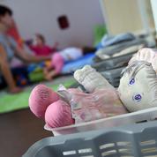 La baisse des allocations familiales touche 455.100 allocataires
