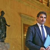Motion de censure: la droite prévoit une fin de quinquennat «terrible» pour Hollande