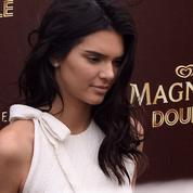 Kendall Jenner : la nouvelle égérie Magnum ne laisse pas de glace