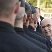 Bernard Cazeneuve dans le viseur de la droite