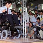 Avec l'inventeur du Segway, Toyota va créer le fauteuil handicapé du futur