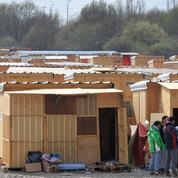 Camp de réfugiés à Paris: des normes drastiques
