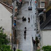 Comment les villes inondées gèrent la décrue