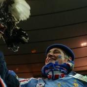 Le coq du célèbre supporter des Bleus interdit à l'Euro 2016