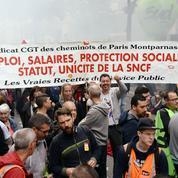 SNCF: un millier de cheminots manifestent à Paris