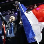 Lever de drapeau, Marseillaise et uniforme : Copé veut réinventer l'école