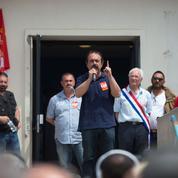 La France au rythme de l'Euro de football et de la crise sociale