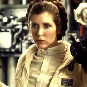Princesse Leia tient le courrier du coeur du Guardian
