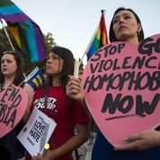 À New York, la communauté gay traumatisée pleure les morts d'Orlando