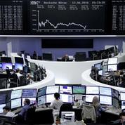 Le Brexit gagne du terrain, la tension monte sur les marchés