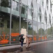 Hôpital Necker: des blocs opératoires sous la menace des émeutiers