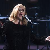 Orlando: Adele, en larmes, dédie son concert aux victimes