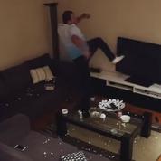 Piégé par sa femme pendant Turquie-Croatie, il casse sa télévision
