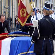 La France rend hommage à ses deux policiers assassinés